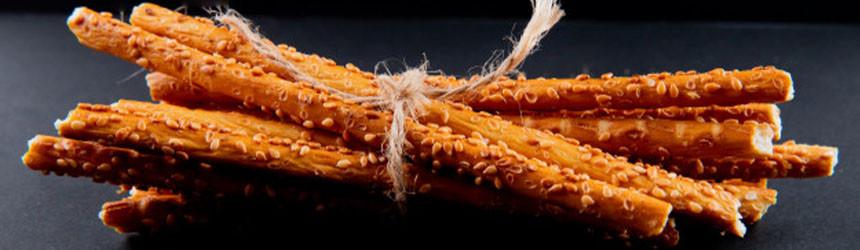 Grissini al pomodoro: facili e veloci